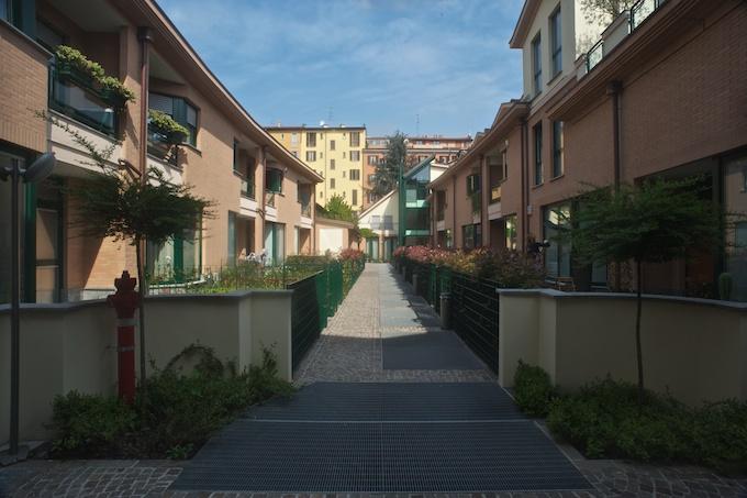 Progettazione integrale per nuova costruzione di 22 for Appartamenti di design milano